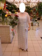 Продам женское платье (покупалось для свадьбы)